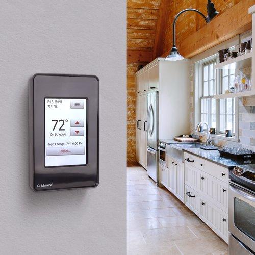 UDG4-4999-B Black Thermostat Lifestyle