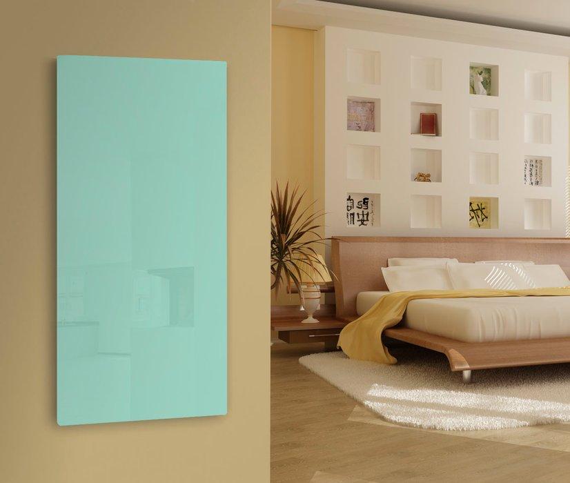 Lava Glass Green/White Lifestyle