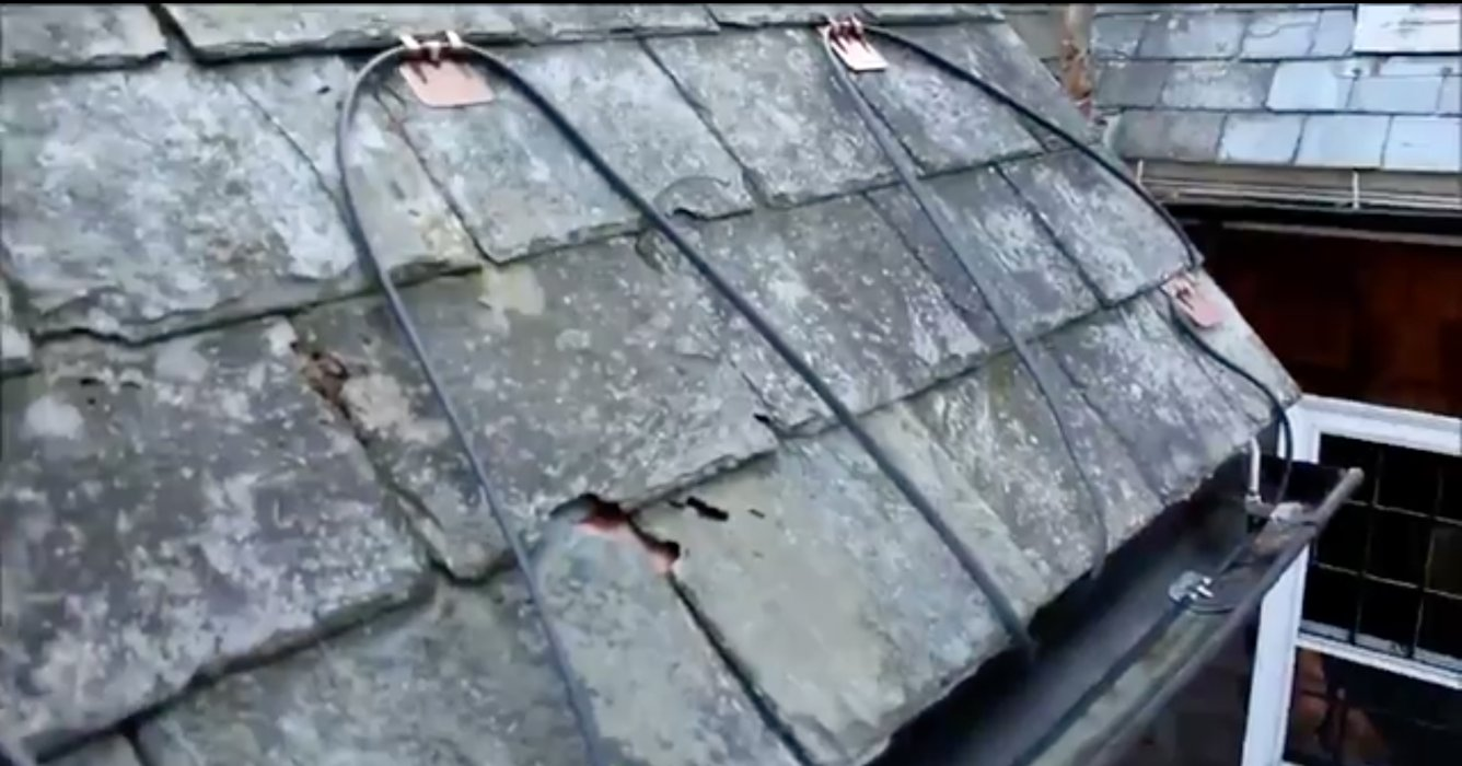 Roof and Gutter Deicing - Self Regulating 2