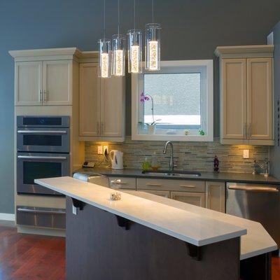 Kitchen with unique pendant lighting
