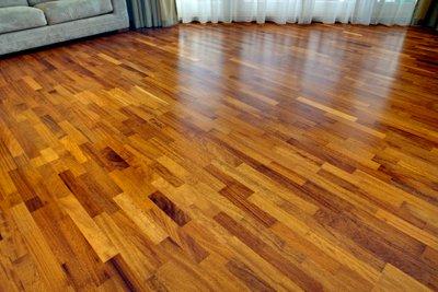 Floor Heating under Engineered Wood