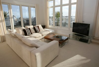 Living Room Lifestyle w/carpet