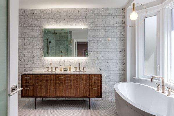 Kelly LED Mirror Lifestyle in Bathroom